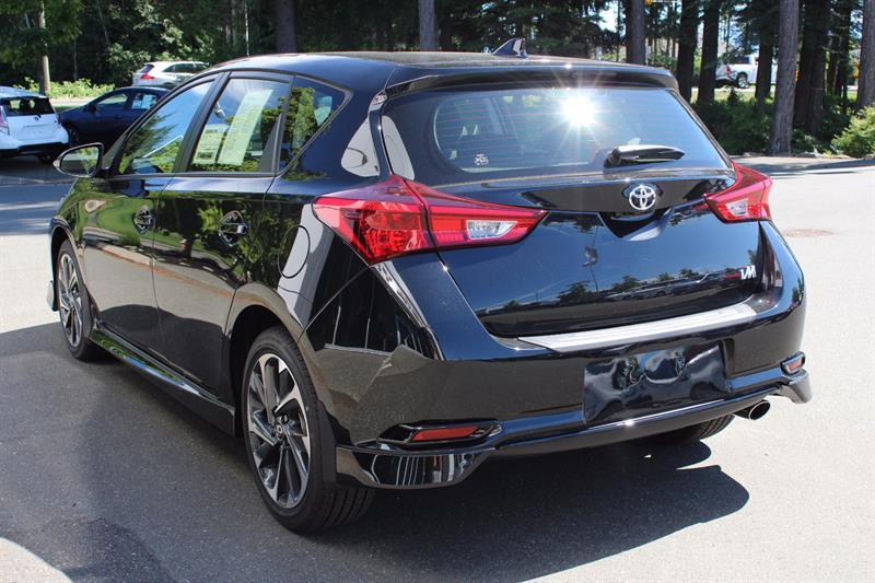 Toyota Corolla iM 6