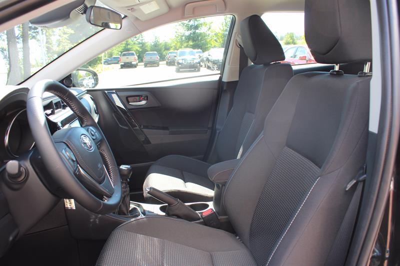 Toyota Corolla iM 26