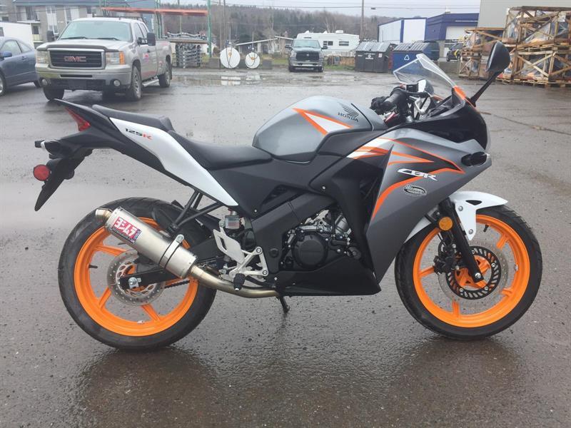 Honda CBR125 2011