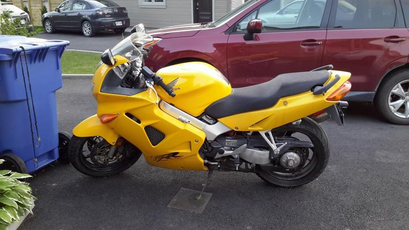 Honda VFR800 1999