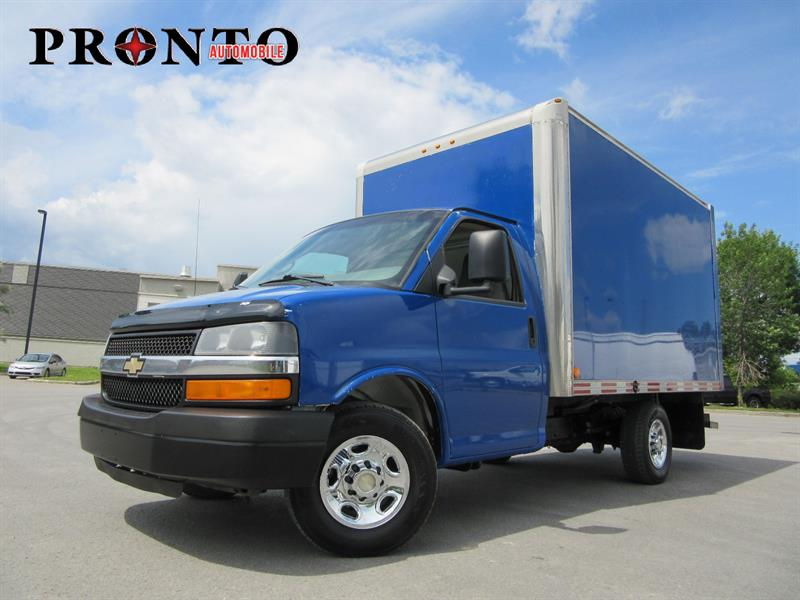 Chevrolet Express Commercial Cutaway 2009 Cube 12 pieds ** 6.0L Vortec ** Rampe arriere ** #3395