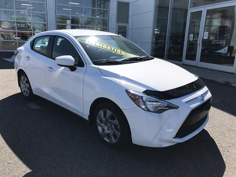 Toyota Yaris 2016 4 PORTES SEDAN #16-025