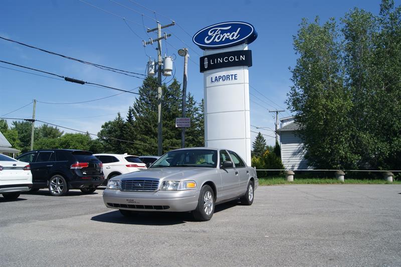 Ford Crown Victoria 2007 LX #17007B