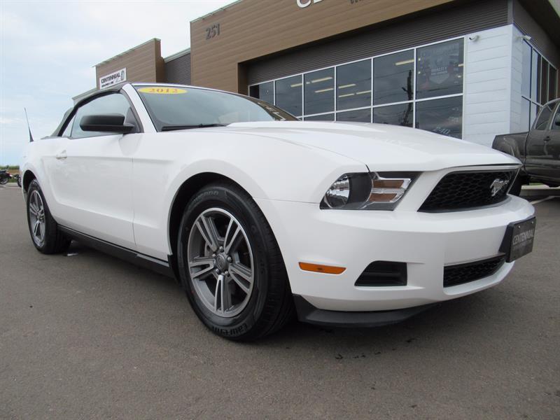 2012 Ford Mustang Convertible V6 Premium #U3642