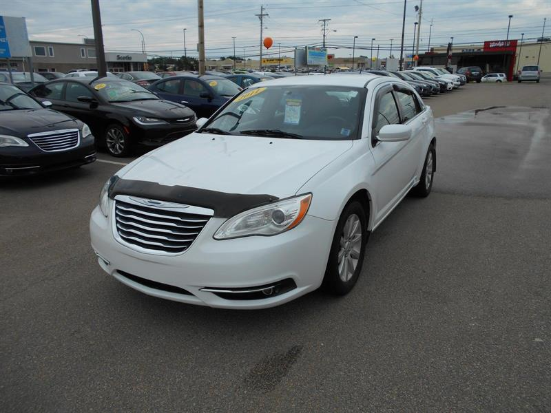 2011 Chrysler 200 Touring #M17-45A