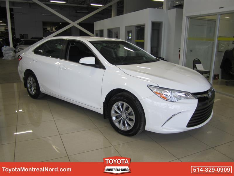 Toyota Camry 2017 LE (DEMO) #37076 Z