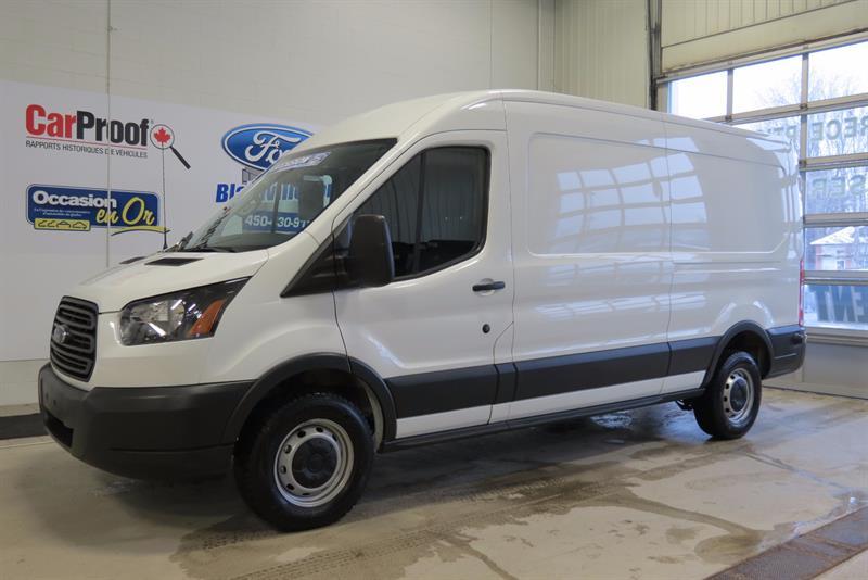 Ford Transit Cargo Van 2016 T-250 148 Med Rf 9000 GVWR Sliding RH Dr #217120
