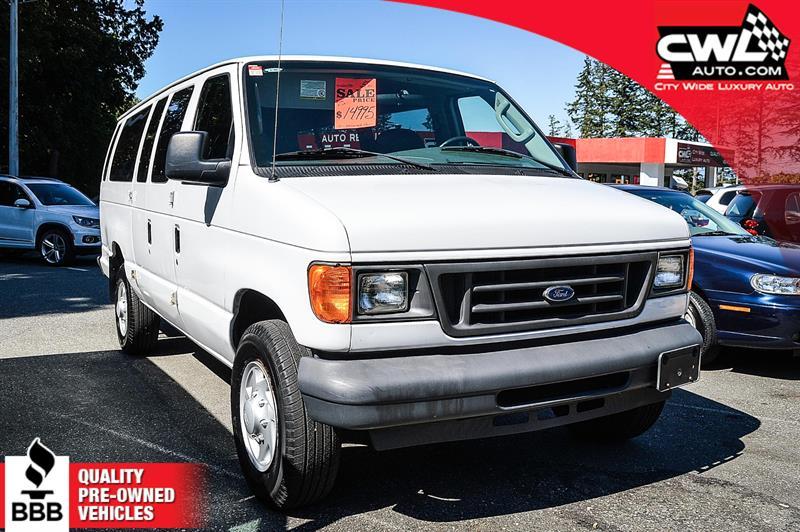 2005 Ford Econoline Wagon E-350 - 12 Passenger #CWL7901M