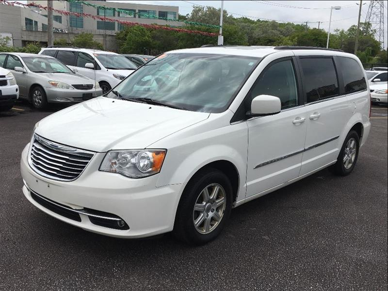 2011 Chrysler Town & Country Touring #17-1031AB