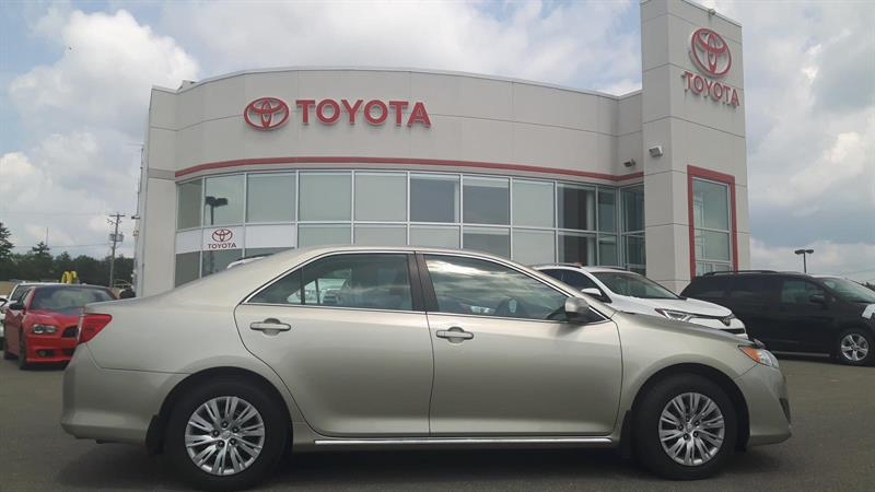 Toyota Camry 2014 LE #17098A