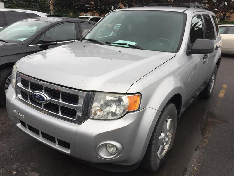 Ford Escape 2010 XLT #M7544B