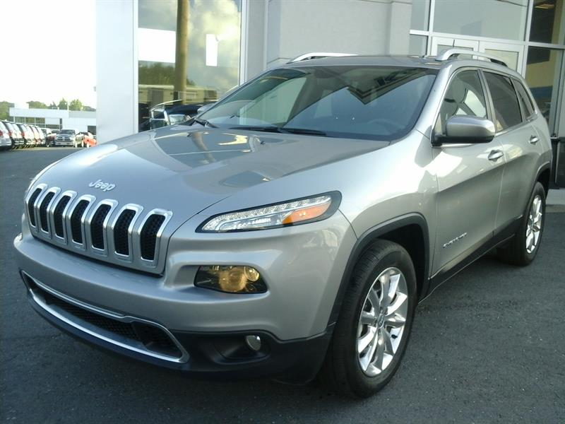 Jeep Cherokee 2016 Limited (4x4,toit pano,cuir) #03921