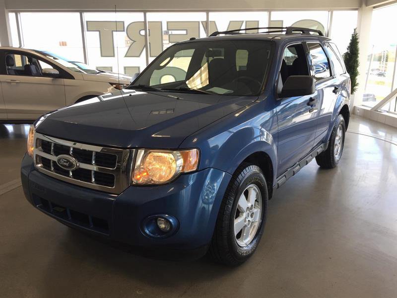 Ford Escape 4WD 2009 XLT I4 #M7609A