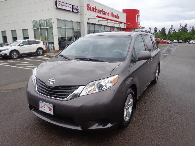 2013 Toyota Sienna 5dr V6 LE FWD #DS300358A