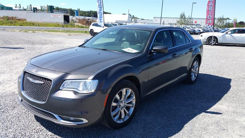 Chrysler 300 2016 4dr Sdn Touring AWD #u0173