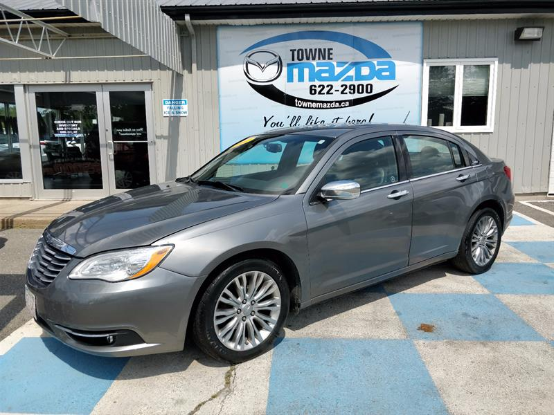 2012 Chrysler 200 4dr Sdn Limited #C5147A