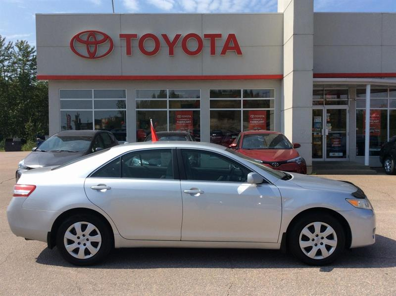 Toyota Camry 2010 LE #17036A