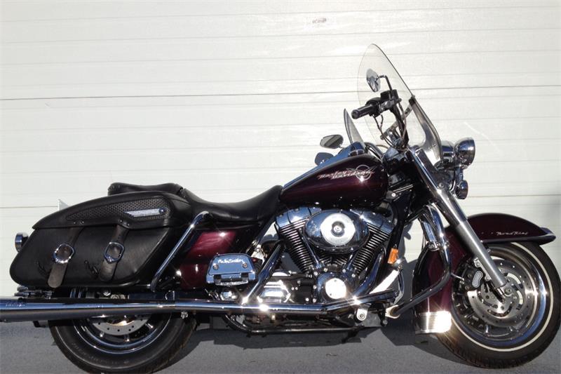 Harley Davidson FLHRC 2005 ROAD KING #652891