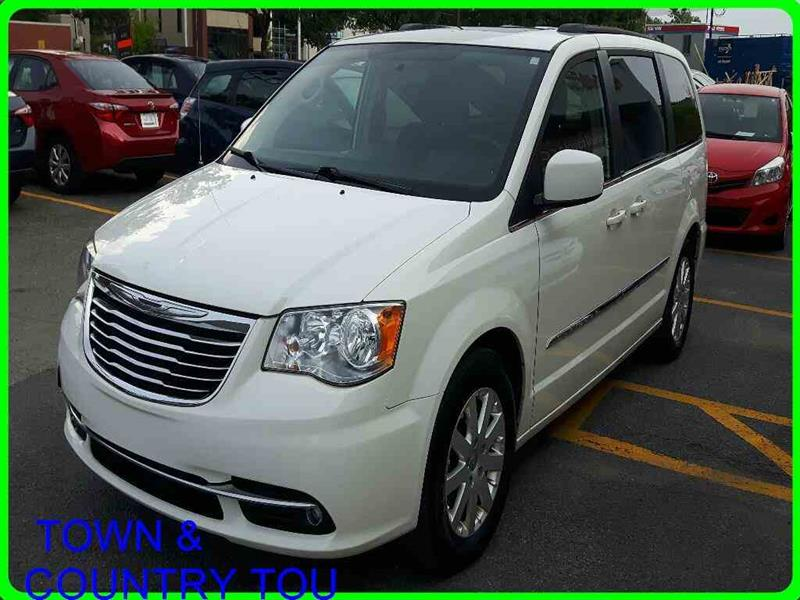 2013 Chrysler Town & Country TOURING-L Touring #370821A