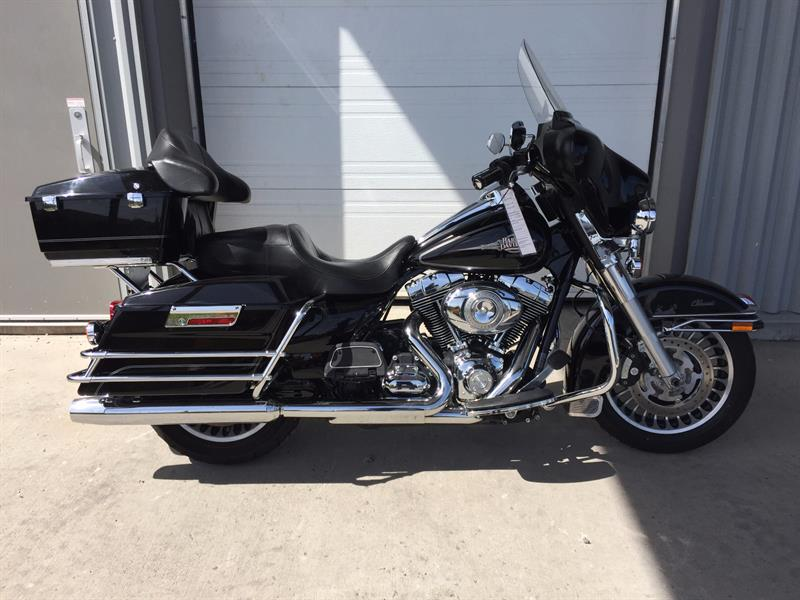 Harley Davidson FLHTC Electra Classic 2011