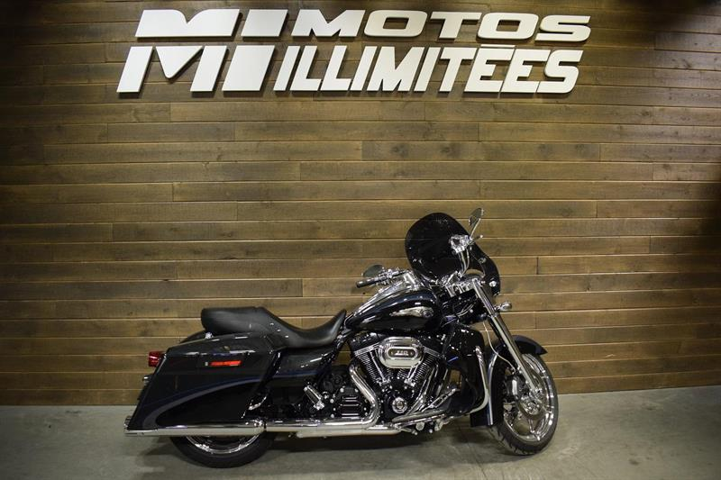 Harley Davidson FLHRSE ROAD KING CVO 2013