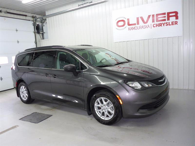 Chrysler Pacifica 2017 LX #2017340