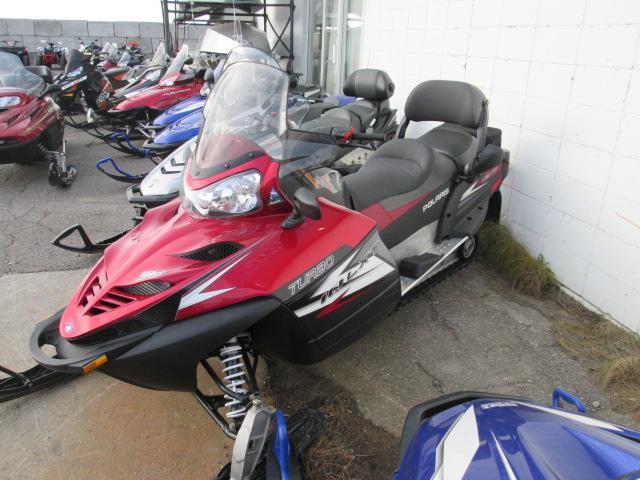 Polaris IQ LXT TURBO 2012