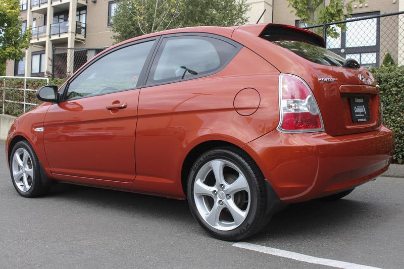 2007 hyundai accent hb gs used for sale in victoria at campus acura. Black Bedroom Furniture Sets. Home Design Ideas