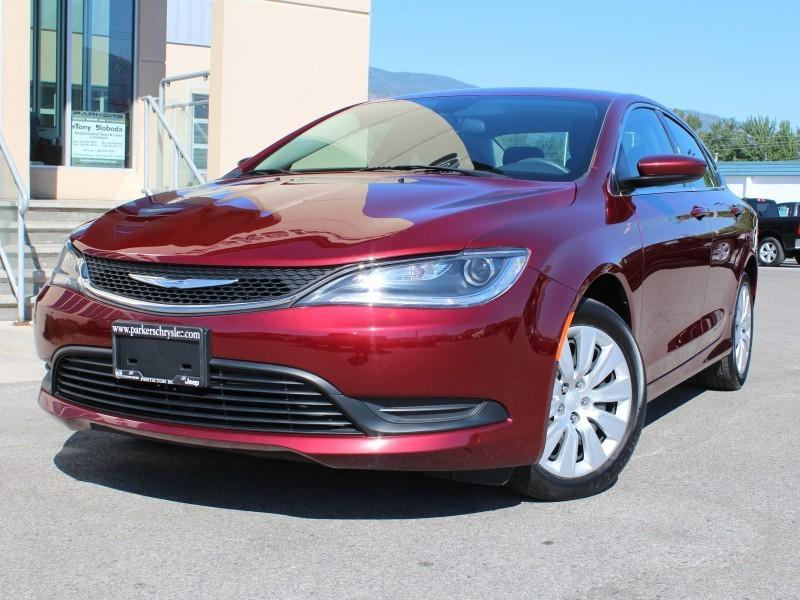 2015 Chrysler 200 LX #17062A