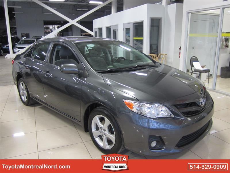 Toyota Corolla 2012 LE + Toit #2766 A