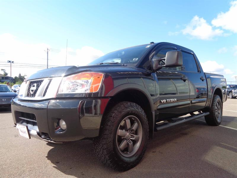 2015 nissan titan pro 4x crew cab 4x4 bluetooth side rails used for sale in. Black Bedroom Furniture Sets. Home Design Ideas