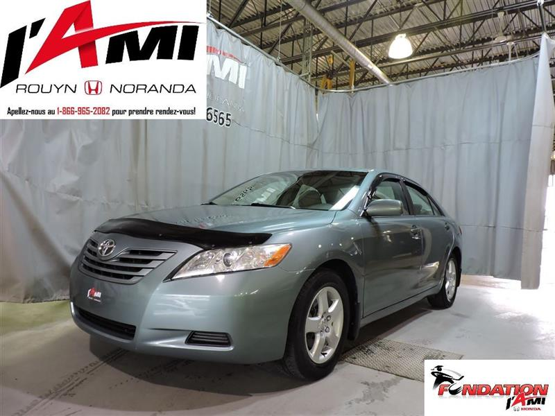 Toyota Camry 2009 LE #17013B