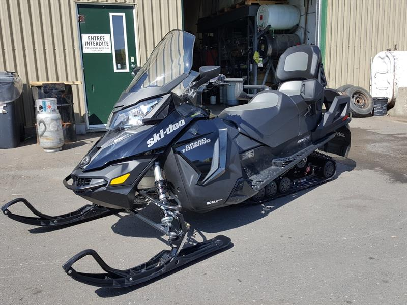 Ski-Doo GRAND TOURING LE 900 ACE 2017