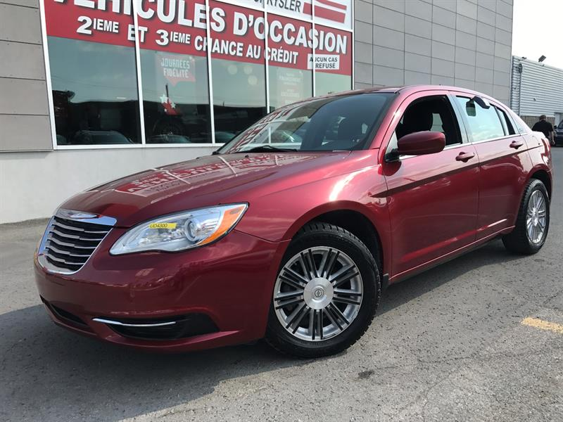Chrysler 200 2013 4dr Sdn LX+A/C+GR.ELEC+WOW! #UD4300