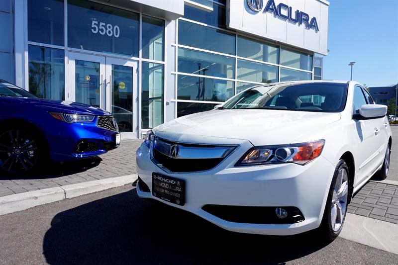 2013 Acura ILX 4dr Sdn Tech Pkg #P5745