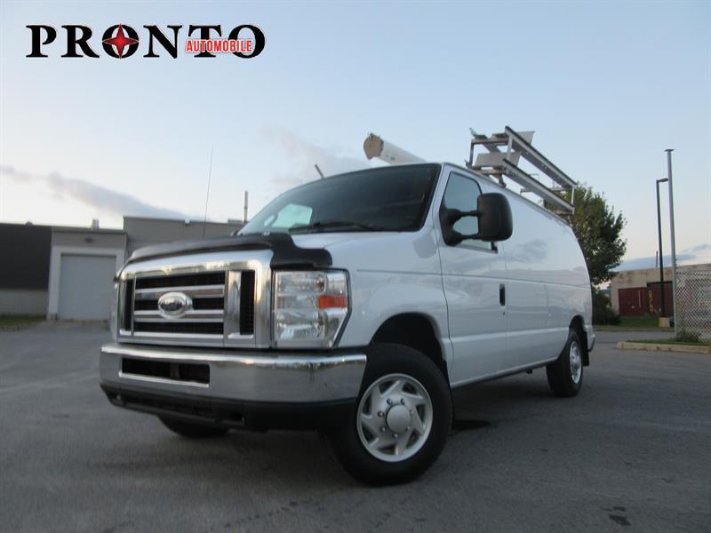 Ford Econoline Cargo Van 2011 E-150 Commercial ** Voir équipement ** #3443