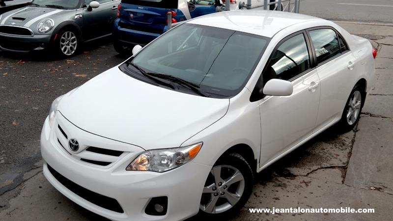 Toyota Corolla 2011 LE #TO10BL