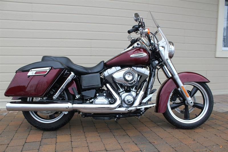 Harley Davidson FLD 2015