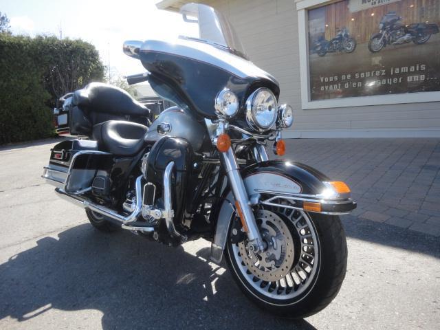 Harley Davidson FLHTCU ABS 2011