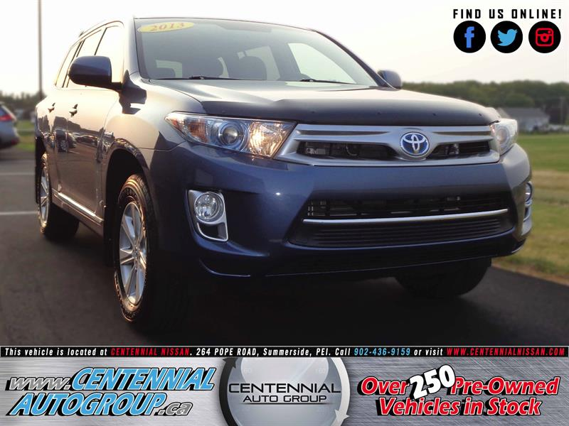 2013 Toyota Highlander Hybrid AWD | 3.5L | Fuel Sipping | 7 Passenger #S17-255A