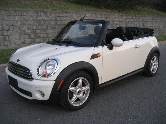 Mini Cooper Convertible 2009