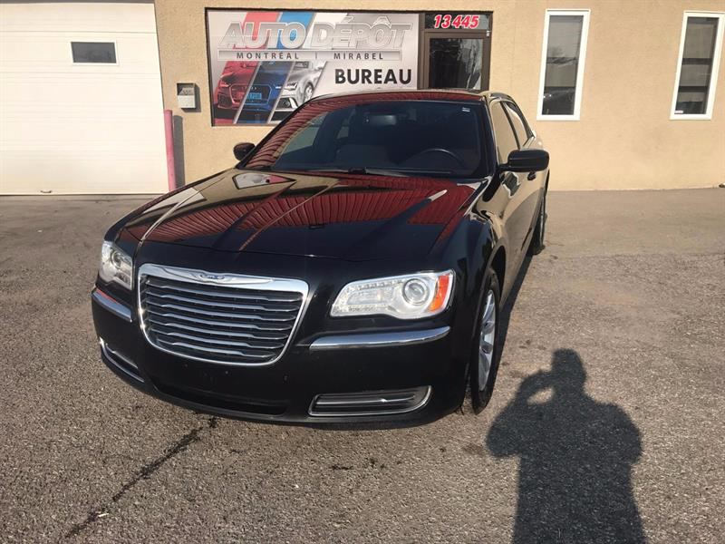Chrysler 300 2011 Touring RWD #5969