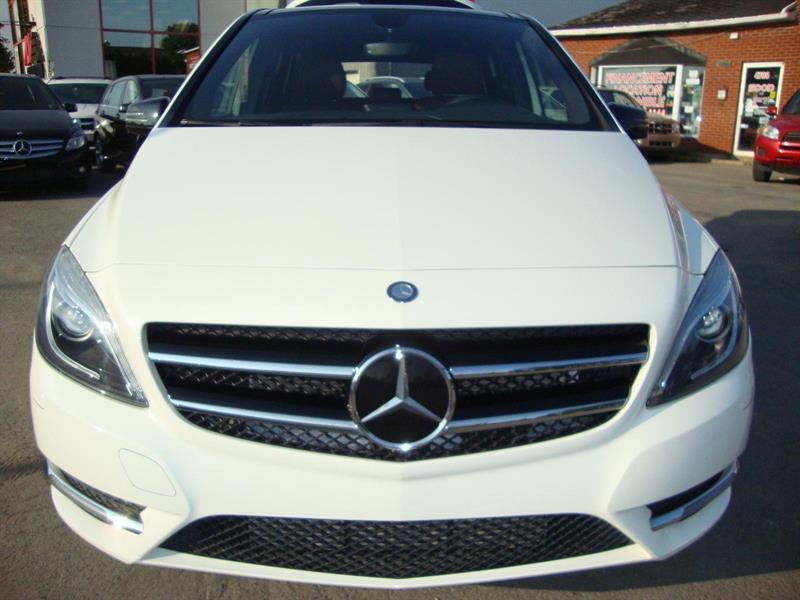 Mercedes-Benz B250 SPORTS-PANO ROOF-BLUETOOTH-18