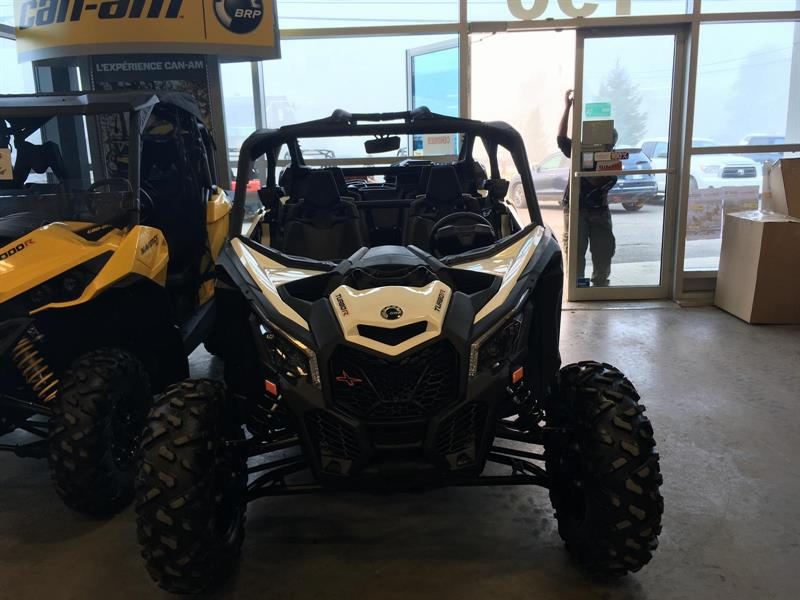 Can-am MAVERICK X3 MAX TURBO R 4 PLACES 2017