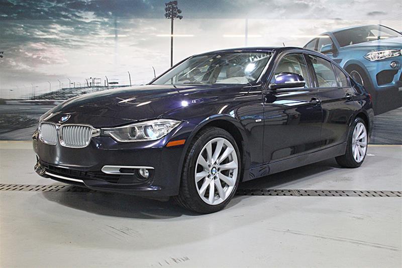 BMW 3-Series 2012 328i Sedan Modern Line #U4174