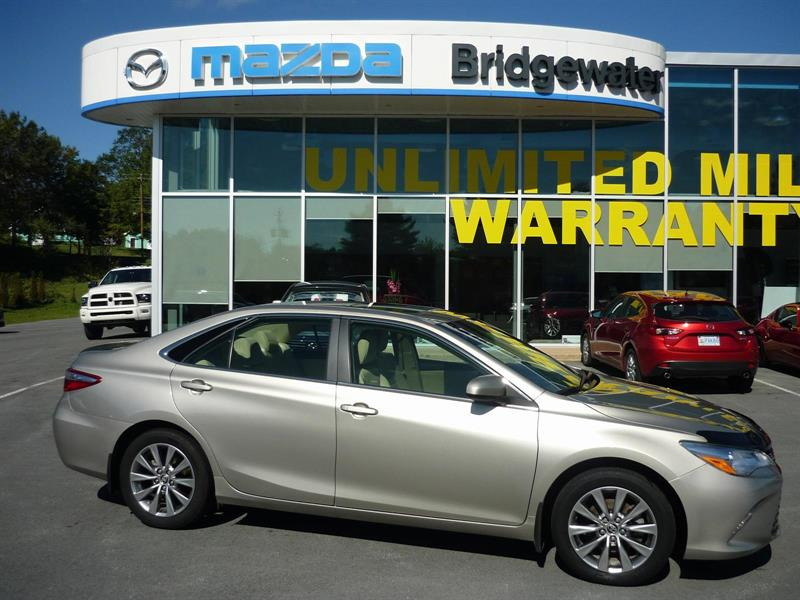 2015 Toyota Camry XLE #17194A