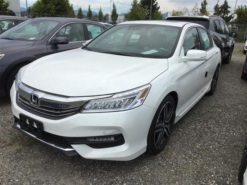 2017 Honda Accord Touring #W1644