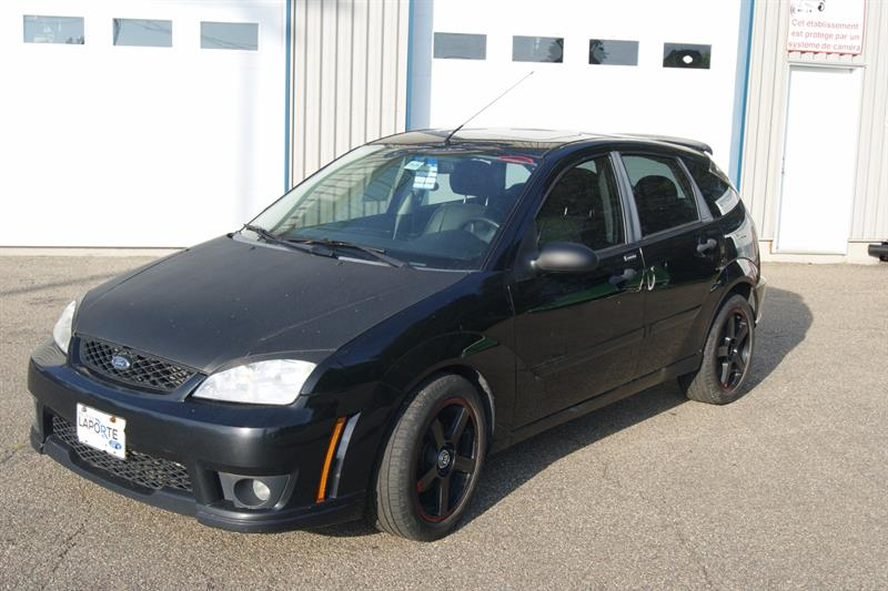 Ford Focus 2007 ZX5 SES #16687BB