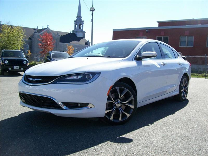 Chrysler 200 2016 C #F0722A