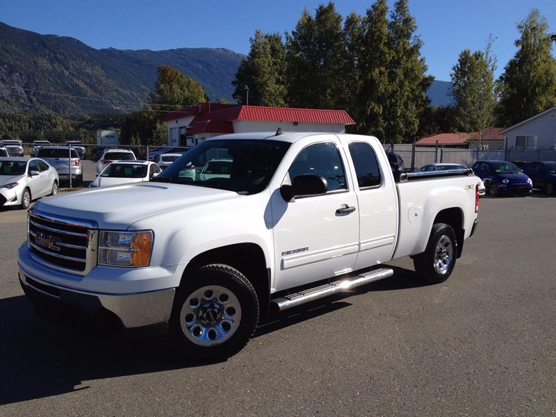 2013 GMC Sierra 1500 4WD Ext Cab V8  #17087-1s